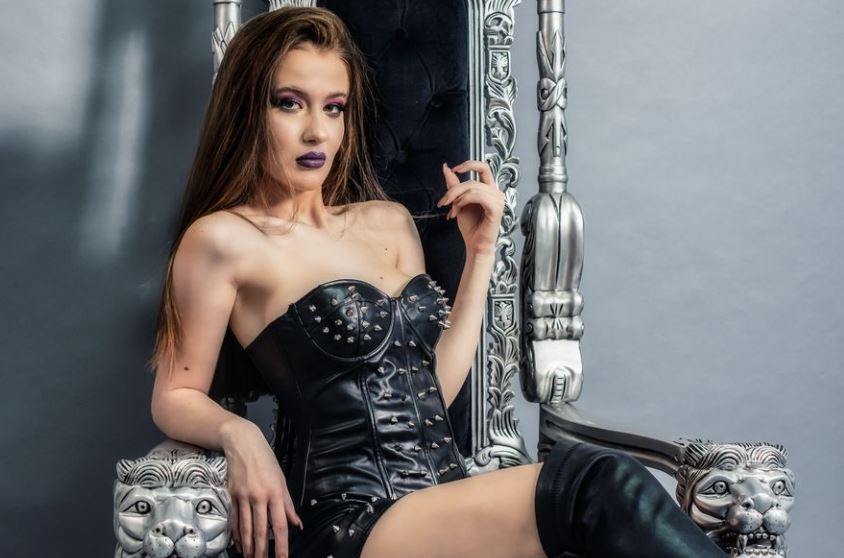 AiyannaGray Model GlamourCams