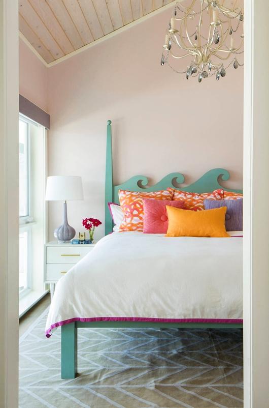 Ocean Wave Bed