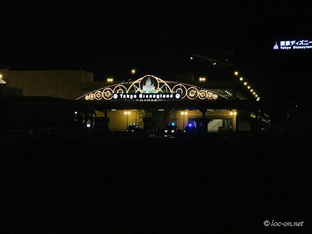ストレス解消に深夜ドライブでディズニーランドの夜景を見に行きました, Drive to see the night view of Disneyland for stress reduction,新冠肺炎流行中深夜开车去看迪斯尼乐园的夜景解消郁闷