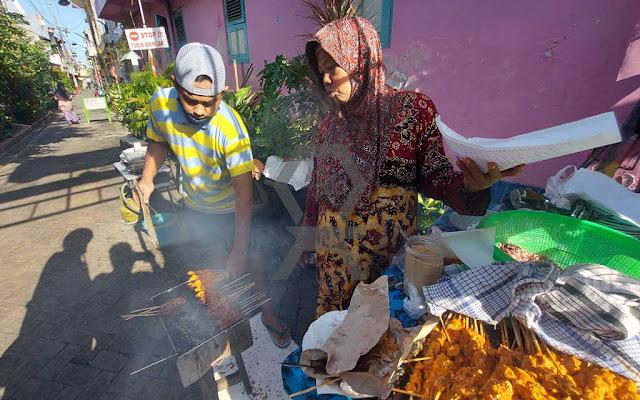 Kuliner Autentik Surabaya : Sate Karak Bu Iri