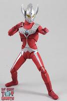 S.H. Figuarts Ultraman Taro 13