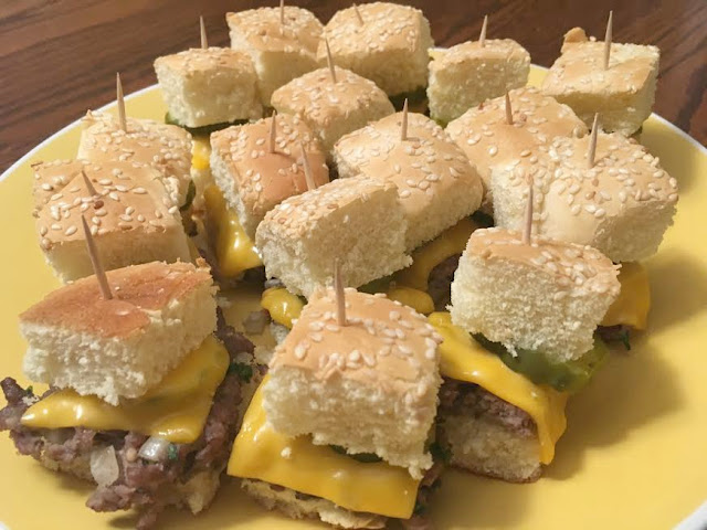 Classic Mini Cheeseburgers Recipe