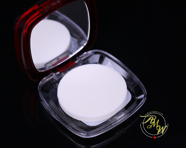 a photo of L'Oreal Infallible 16HR Pro-Matte Powder Review in shade Nude Beige on AskMeWhats