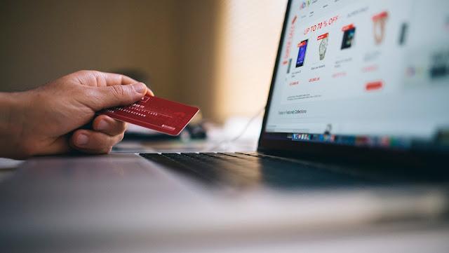 En Japón se agotan los números de tarjetas de crédito por el 'boom' de las compras desde casa