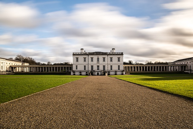 A Visitors Guide to the Royal Parks of London