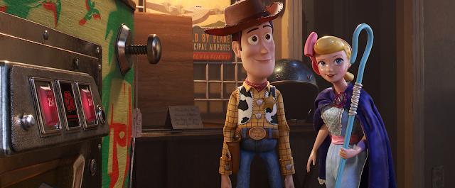 Toy Story 4 pinball machine