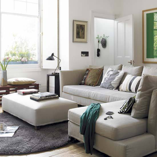 Victorian Living Room: New Home Interior Design: Step Inside A Cosmopolitan
