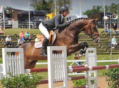 show jumpers, horses, horse riding, bex mason, showjumper
