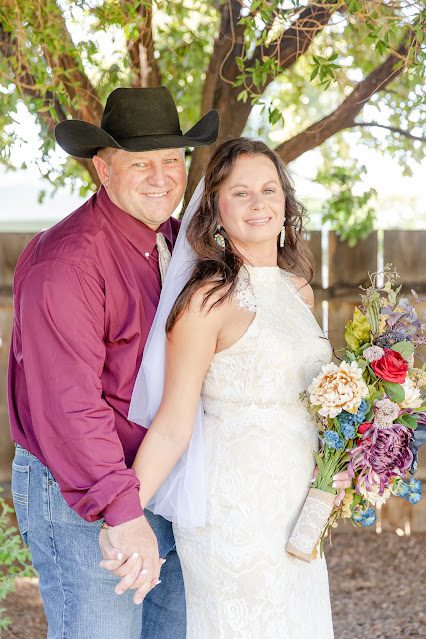 Bride and Groom Photos at Shenandoah Mill in Gilbert AZ