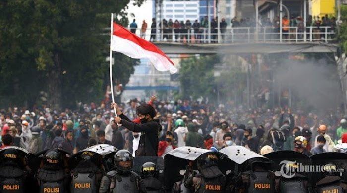 Mahasiswa Bantah Jokowi soal Demo Omnibus Law Dipicu Hoaks