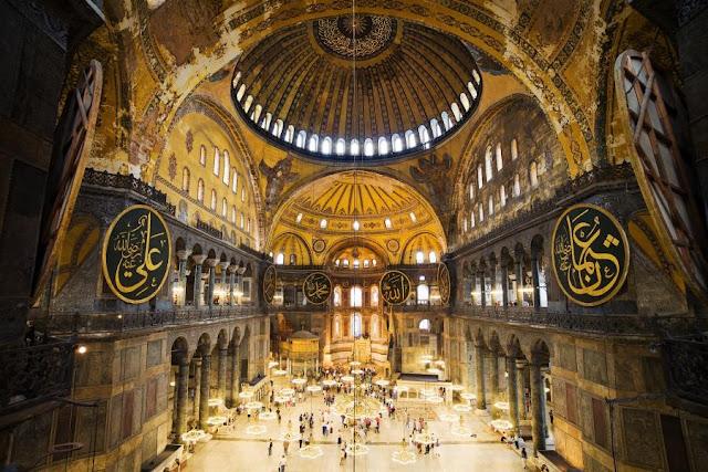 Τουρκικός Τύπος: Οι αγιογραφίες θα καλυφθούν με τεχνολογία και φωτισμό