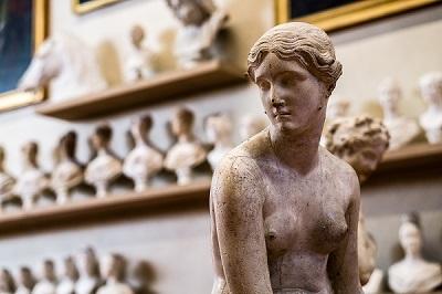 Consejos-Para-Hacer-Fotografías-en-Museos-y-Salas-de-Exposiciones