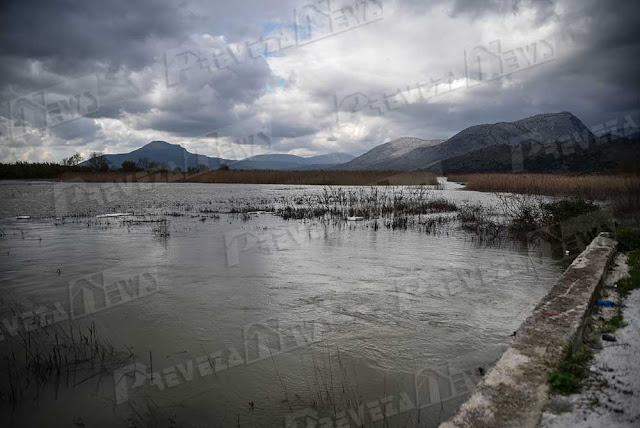 Οι πρόσφατες έντονες βροχοπτώσεις προκάλεσαν την υπερχείλιση του ποταμού Λούρου.