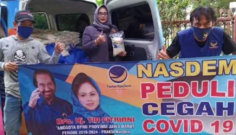 Tia Fitriani Beserta Dulur Satia Menyaluran Bantuan Ke 31 Kecamatan Se-Kabupten Bandung