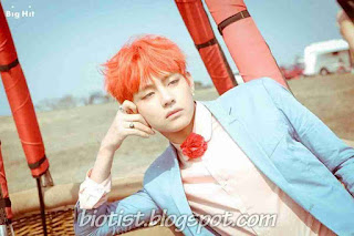 Picture Kim Taehyung / V BTS with Orange Hairstyle