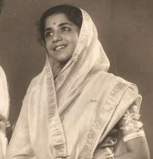 Spotlight : Sudha Karmarkar Passed Away