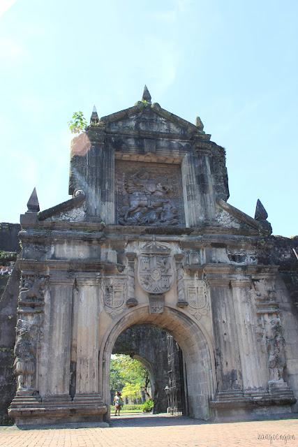 du lịch Manila: fort santiago