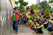 Ratusan Massa Gelar Aksi di PN Tebo, Minta Junawal Dibebaskan