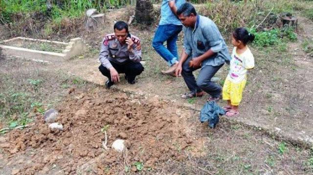 Misterius, Baru Sehari Dimakamkan, Jenazah Bayi Hilang dari Dalam Kubur Keesokan Harinya
