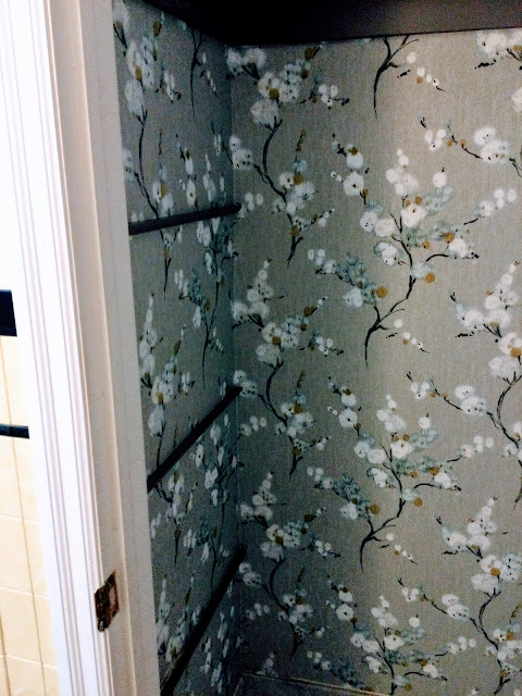 how all sides of wallpaper matched up