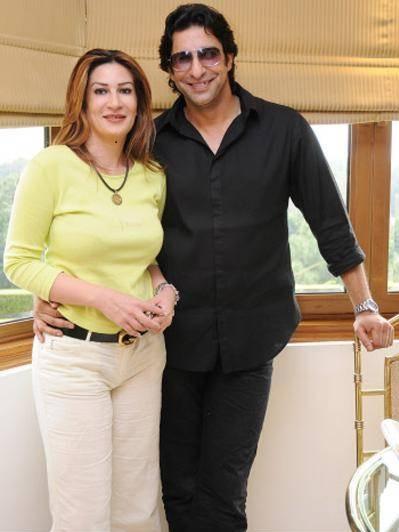 Wasim Akram Married an Australian Girl Friend - Cricket News  Wasim