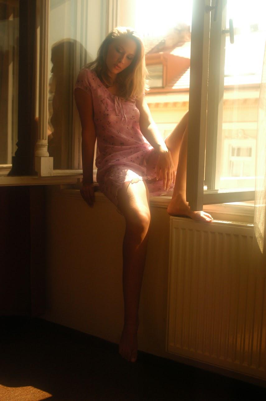 Met-Art 20041109 - Veronika C - The Rear Window - by Richard Murrian