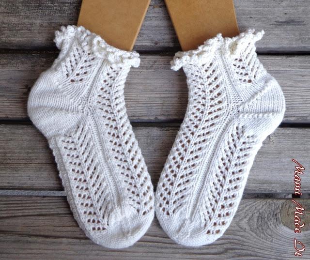 Socks With Ruffles - Socken mit Rüschen