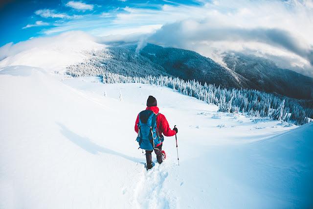 Drumetii pe munte iarna: ce trebuie sa stii