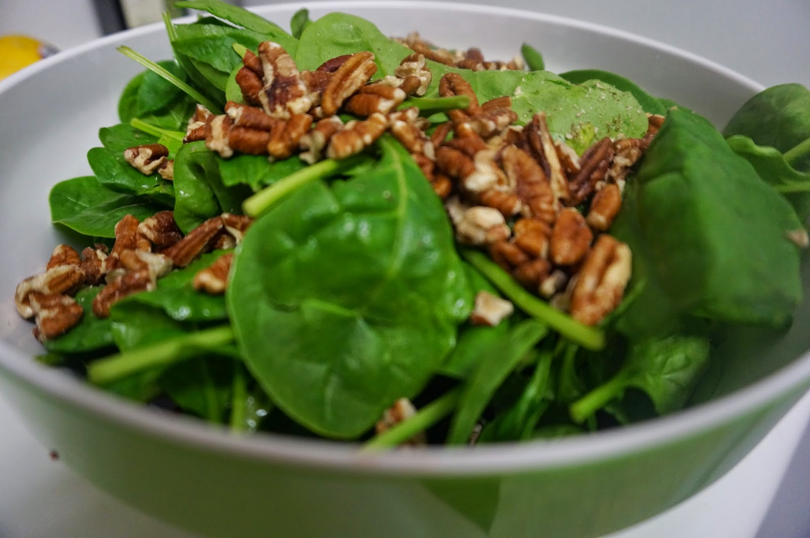 Recipe Spotlight: Fruit and Spring Greens Salad / Eat ...