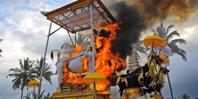Ritual Kematian (Kremasi) Hindu Bali