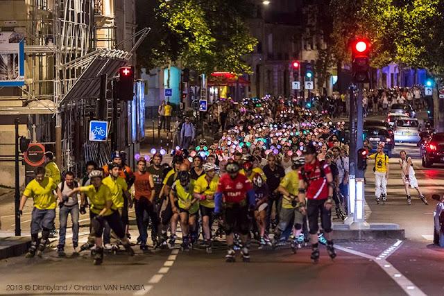 nocne zwiedzanie Paryża