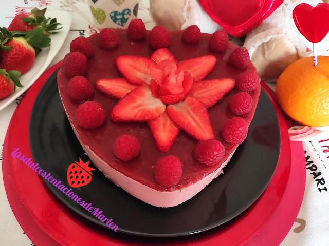 Tarta San Valentín De Fresas  Y Yogur