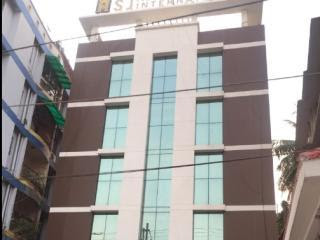 Hotel SJ International Guwahati will fulfil all your aspirations that you have accumulated for having a comfortable accommodation.