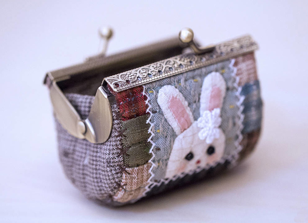 Small Purse Coin. Quilting and patchwork DIY tutorial in pictures.
