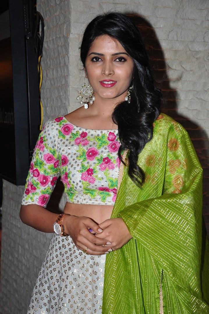 Pavani Cute Photos In Green Dress