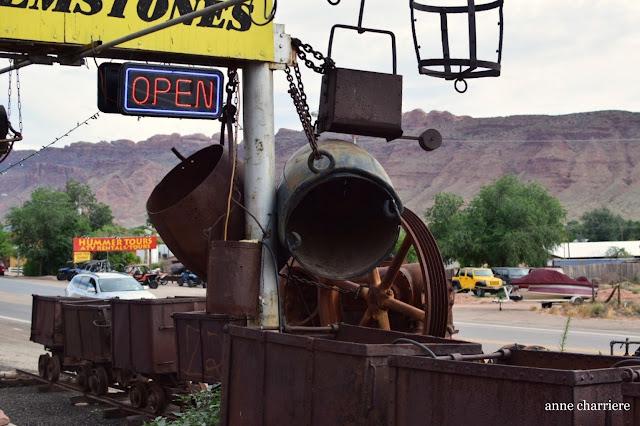 www.annecharriere.com, brocante, desert moab, etats unis, vieilles choses, antiquites, utah, colorado,