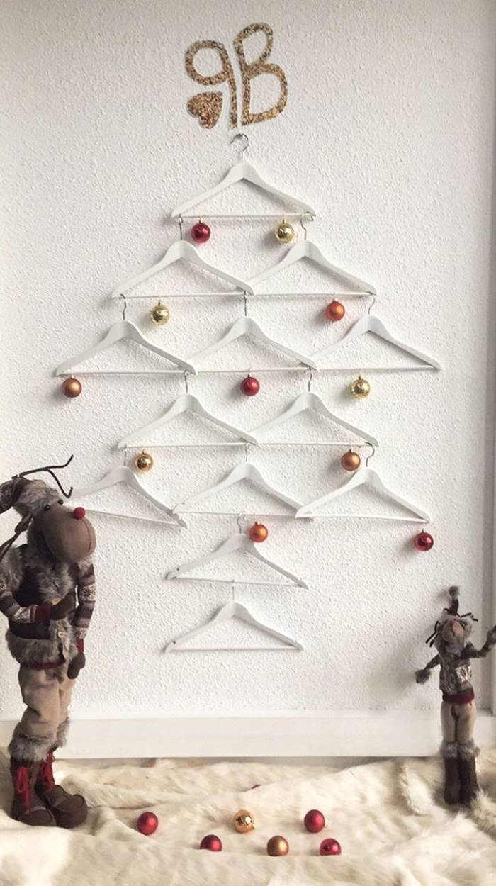 Best Christmas Tree Decorating Ideas, Alternative Christmas Tree Ideas, Christmas decoration, Christmas Trees You'll Love,  Unusual Christmas Trees Ideas, Unconventional Christmas Trees You Haven't Seen Before