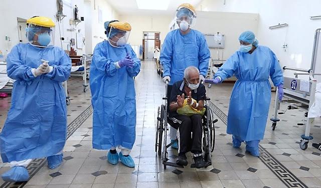 Perú: anciano de 90 años vence al coronavirus y es símbolo de la esperanza