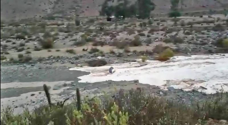 Captan emocionante regreso del agua a estero de Canela tras dura sequía