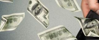 Menjadi Peminjam Cerdas, Berikut Ini Tips Pinjam Uang Secara Tepat
