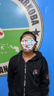 Satnarkoba Polres Pelabuhan Makassar Ciduk Pelaku Narkoba di Pinggir Jalan Indah