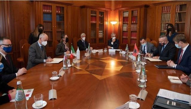 La polizia italiana e albanese firmano protocollo operativo nella lotta contro il cannabis