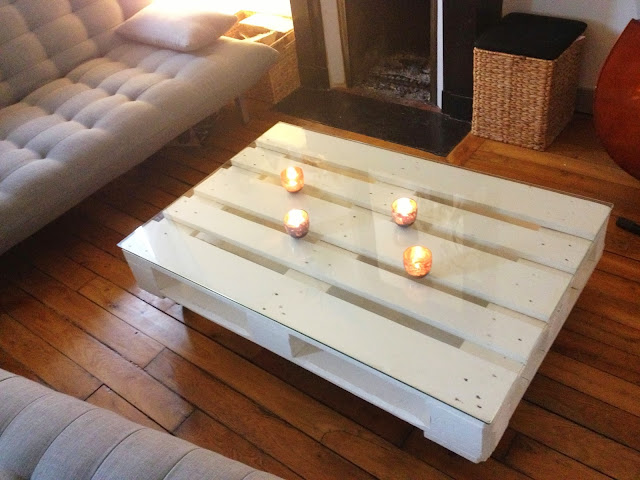 Diy une table basse en palette la clamartoise - Table basse en palette de bois ...
