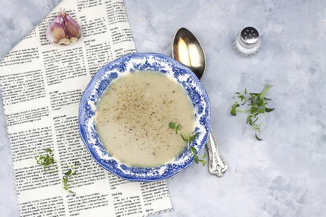 zupa czosnkowa jak zrobić
