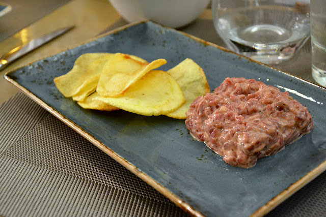 steak-tartar-chips-tiro-arco