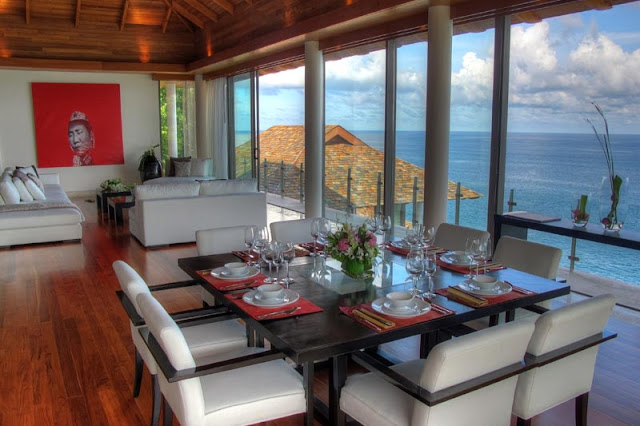 Dining room of Villa Liberty, Phuket overlooking the ocean