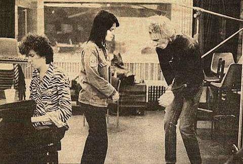 Joan Jett y los Sex Pistols Paul Cook y Steve Jones