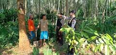 Polsek Tulis Gelar Sosialisasi Penanganan Karhutla Kepada Warga Desa Segayung