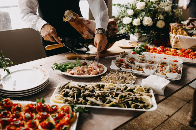 Top 10 Tips to Hire a Catering Company for Your Event