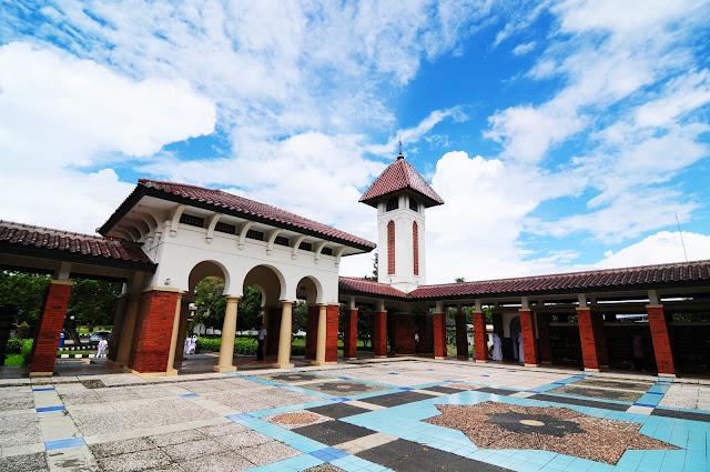 SMA Dwiwarna Sebagai Islamic School Bogor